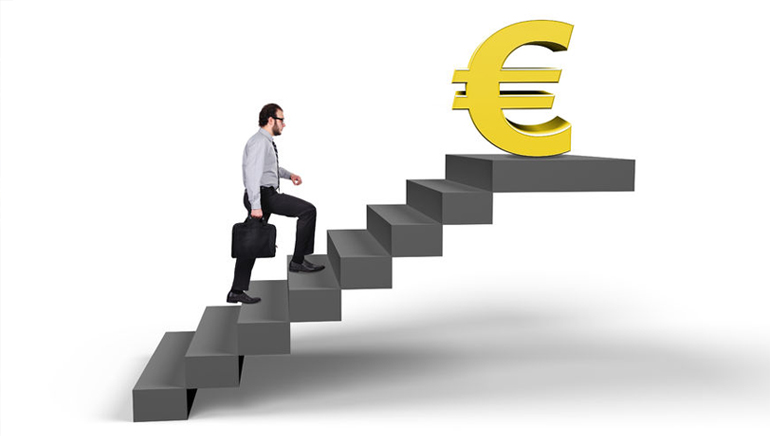 Climb the Daily Cash Escalator at bet365