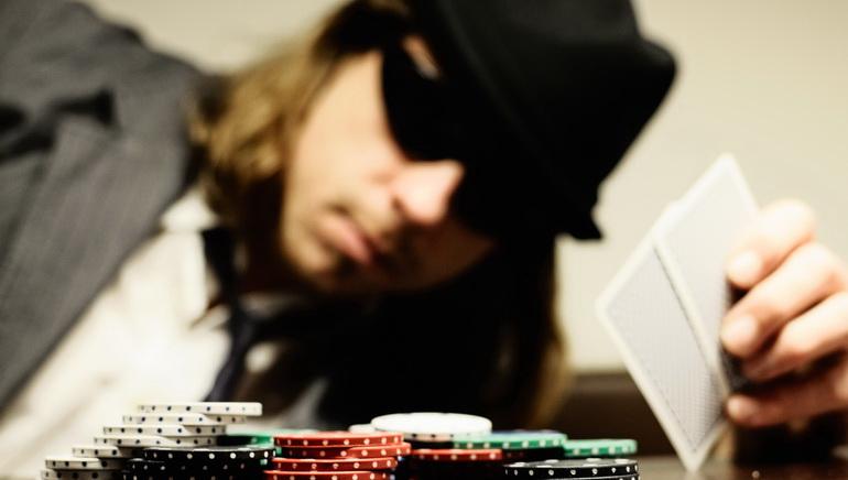 Pro Breaks Poker World Record