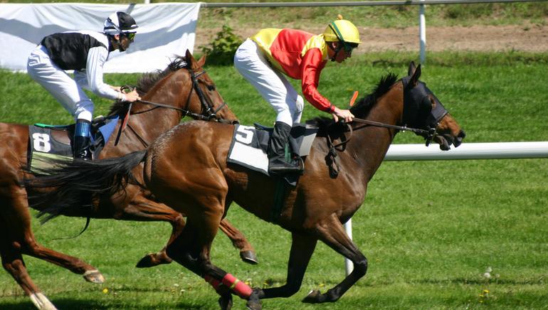 Sunday Races Start Amid Furor